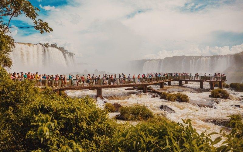 Travel Guide: Iguaçu Falls and Foz do Iguaçu in Brazil