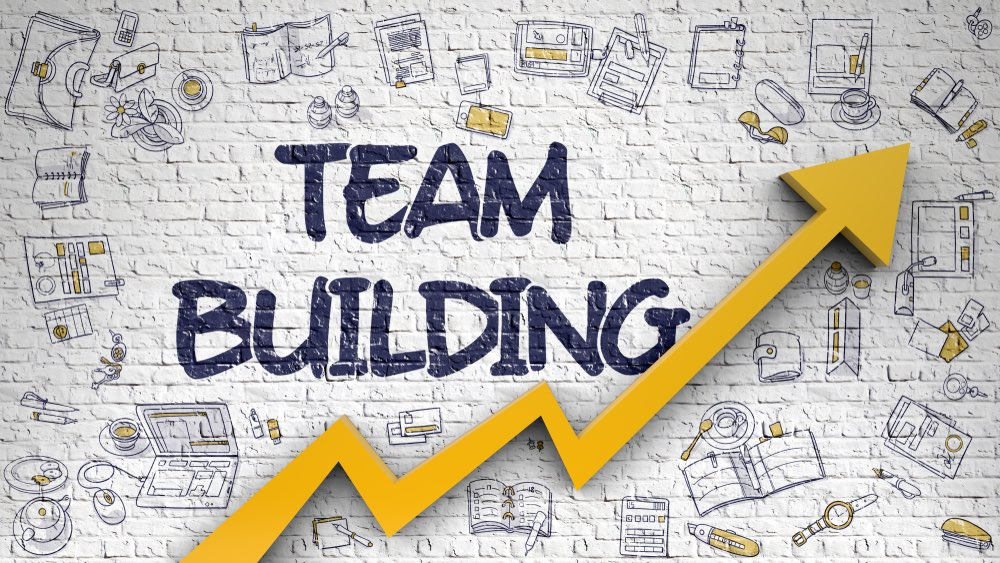 What To Consider Before Running A Virtual Team Building Activity